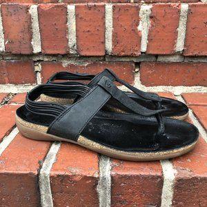 Women's Keen Dauntless Leather T-Strap Sandals 8
